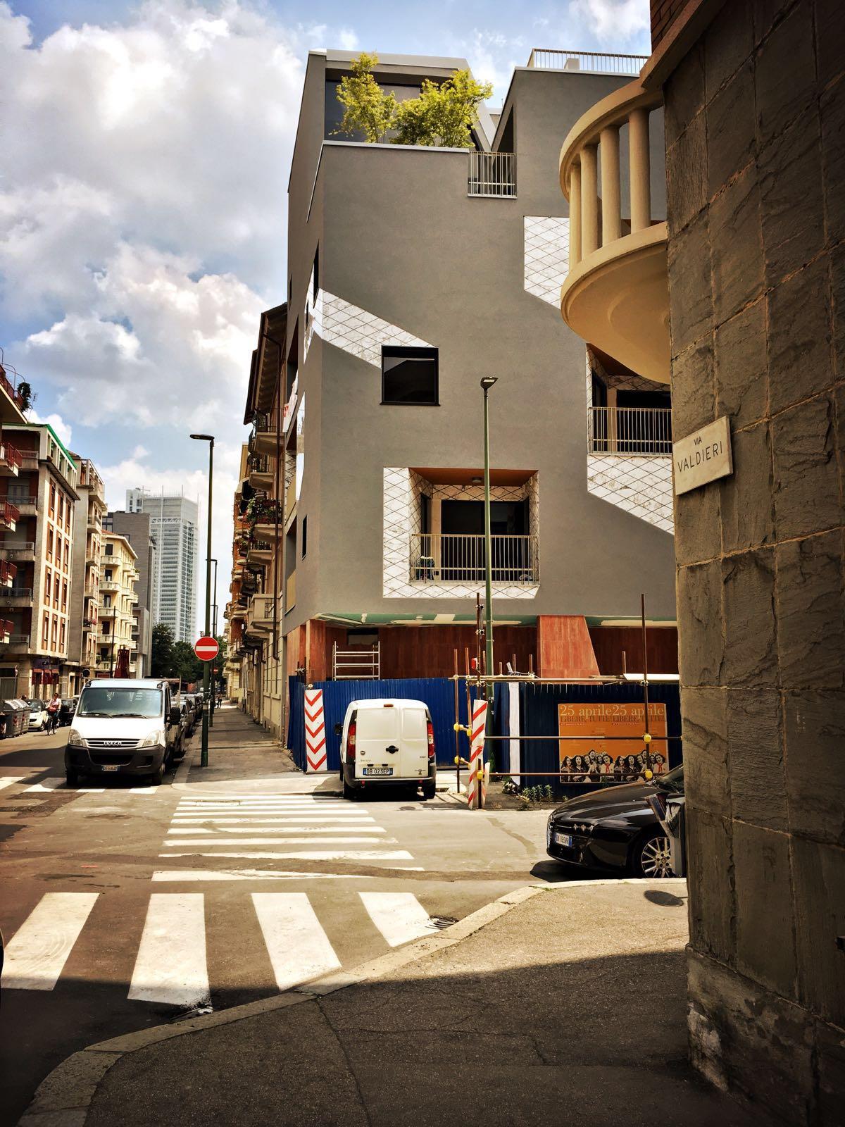Casa valdieri edificio residenziale torino 1000mq for Casa design torino